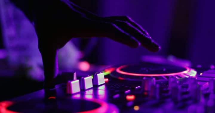 Comment mixer 2 musiques électronique